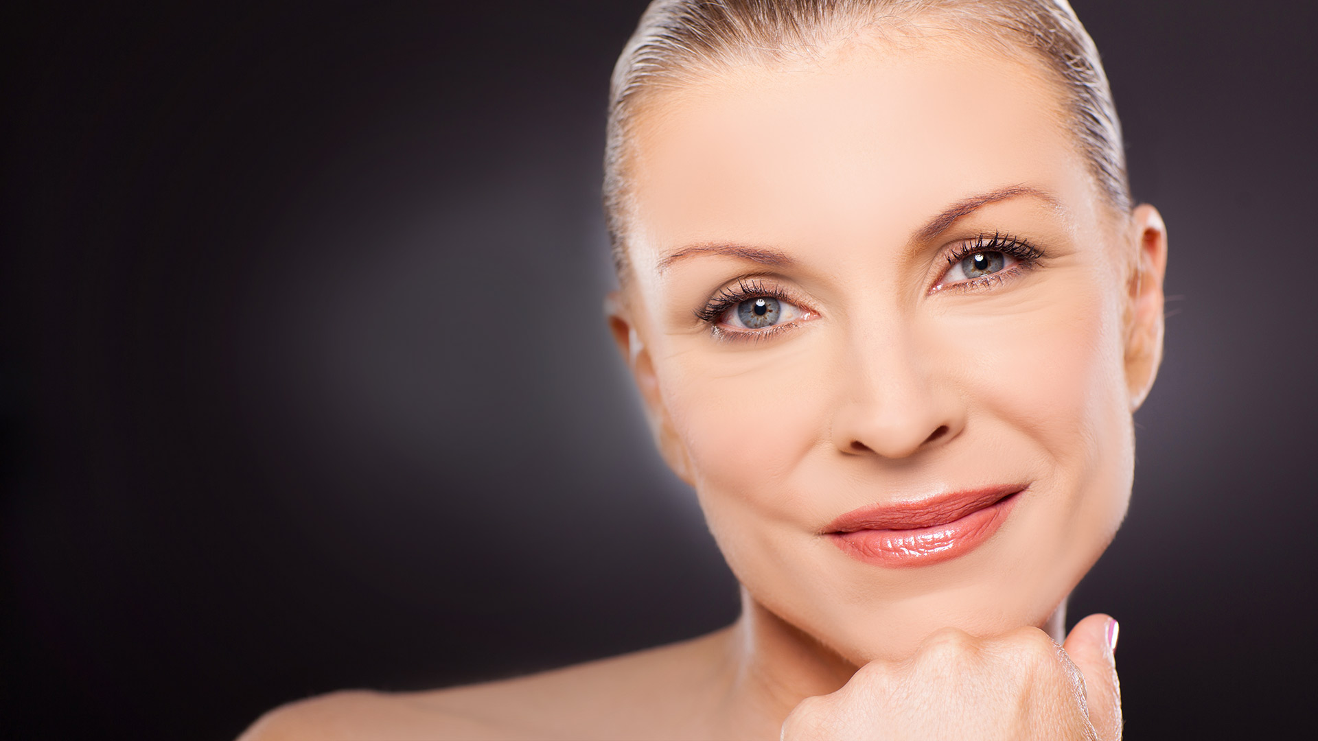 Facial cosmetic and reconstructive plastic surgery